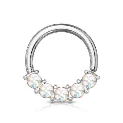 ring met reflecterende steentjes op de voorkant