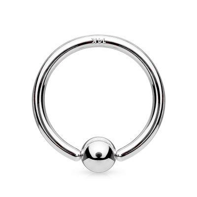 Ballclosure ring van 14 karaats goud met een vaste bal