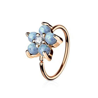 Ring met bloem van opaalsteentjes