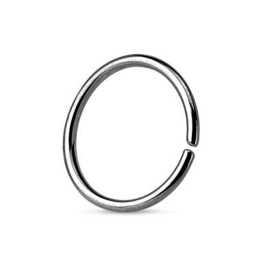 Simpele gesloten ring van titanium