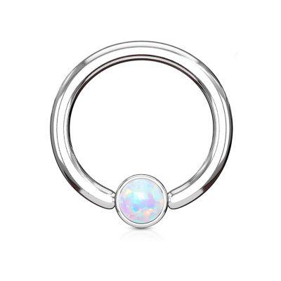 Ring met cilindrische bal en opaalsteen
